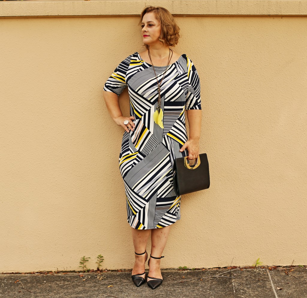 GLAMADVENTURE GEOMETRICAL PATTERN DRESS5