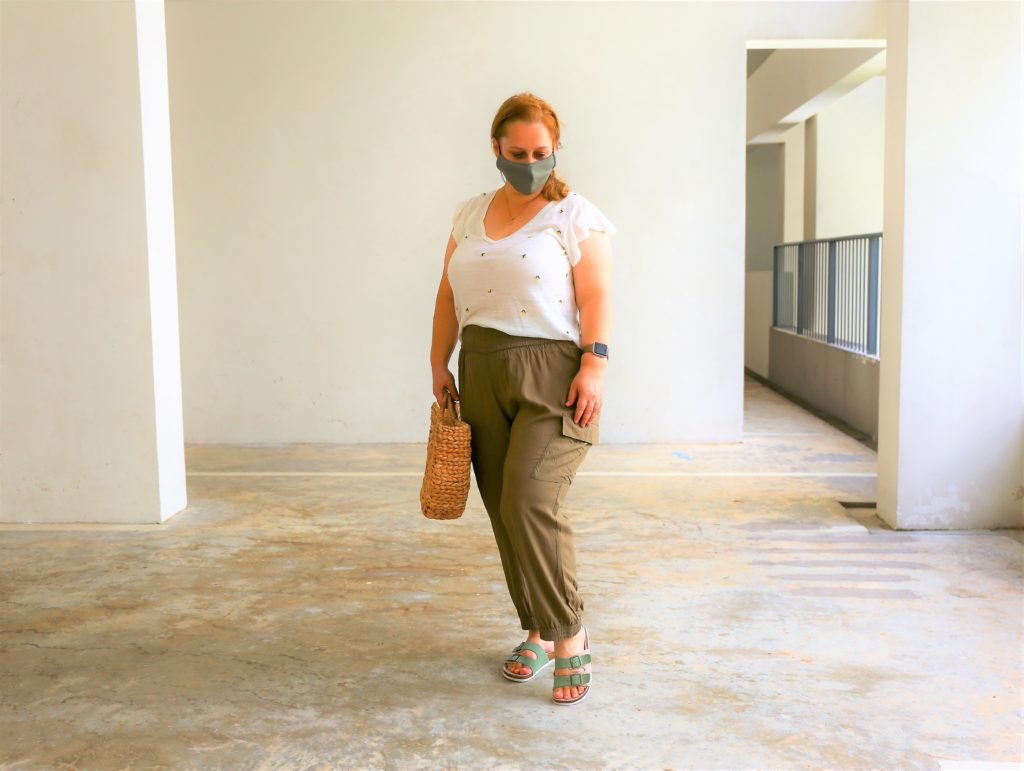 Khaki cargo pants with girly top with frill sleeves and lemon print